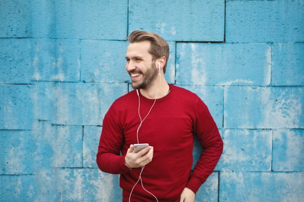 Vier Looks für Männer – je nach deinem Vibe!